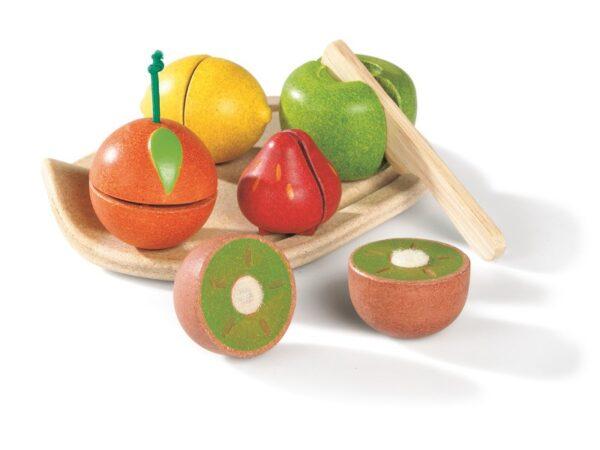 3601-plan-toys-pretend-wooden-vegetable-set1