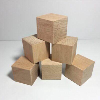 cube en bois fraise et bois